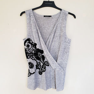 NIC + ZOE Gray Sleeveless Floral Knit Top - L